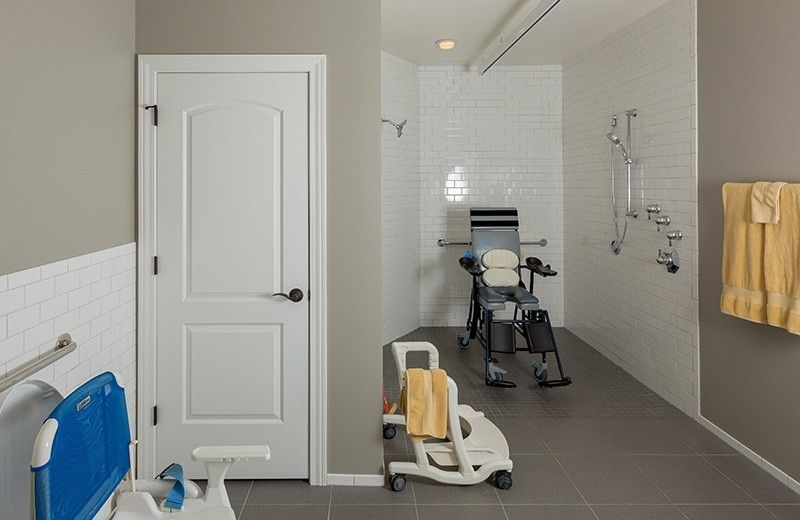 Universal Design Bathroom with Electric Lift System