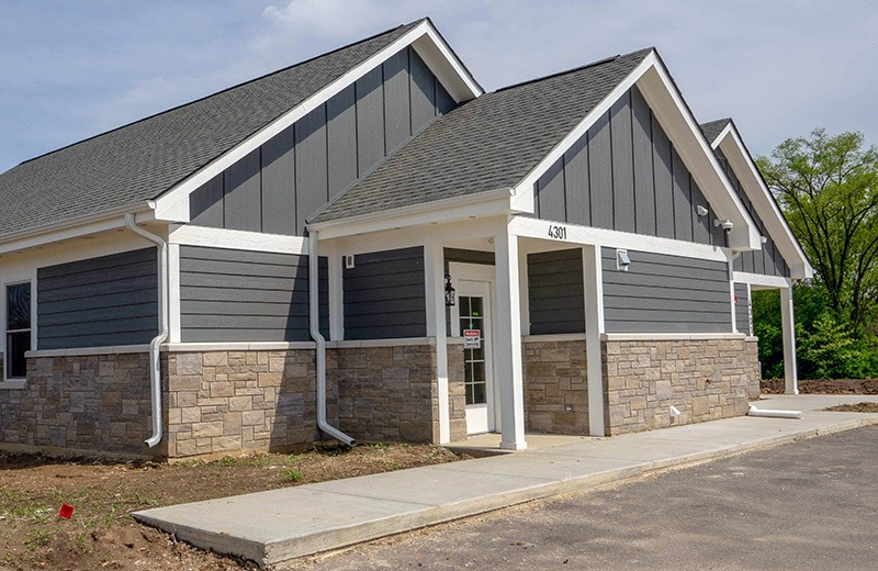 Commercial custom build - hospital and surgical building