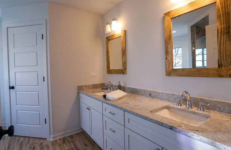 Master Bathroom Suite - Double Sink