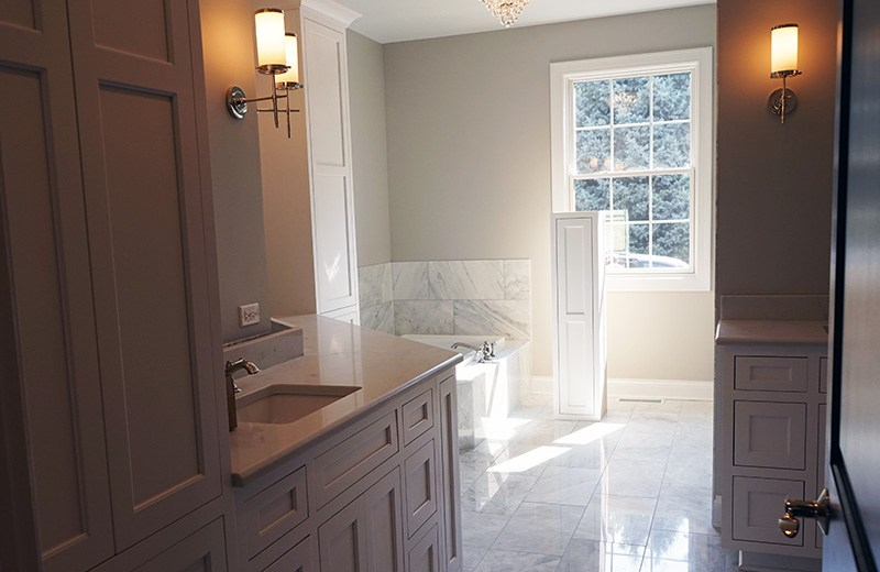 Custom built luxury home - master suite bathroom